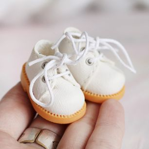 Ботиночки для Блайз молочные на шнурочках 3.5 см