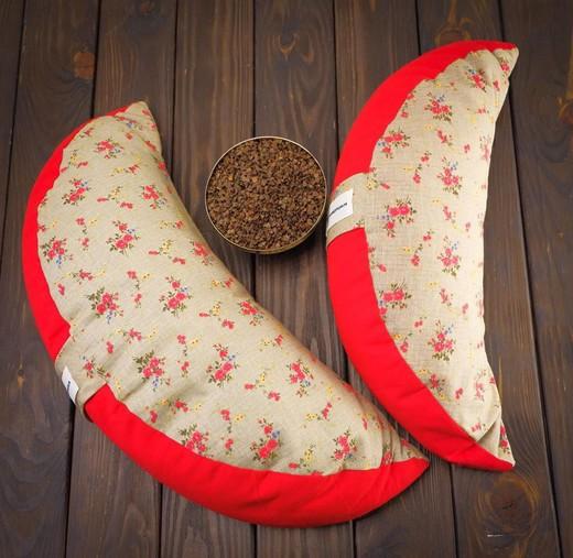 Подушка-полумесяц для медитации