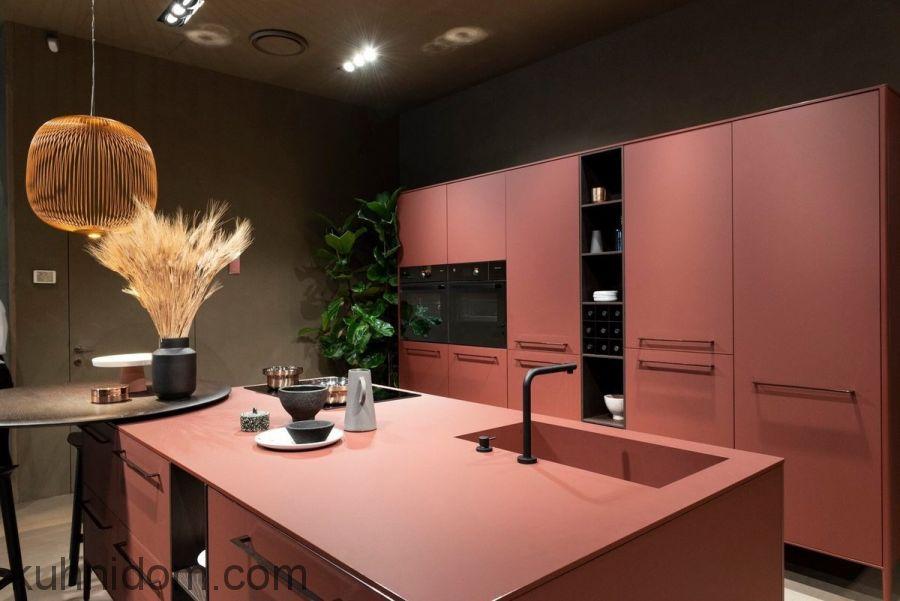 Кухня Fenix NTM 0751 Rosso Jaipur