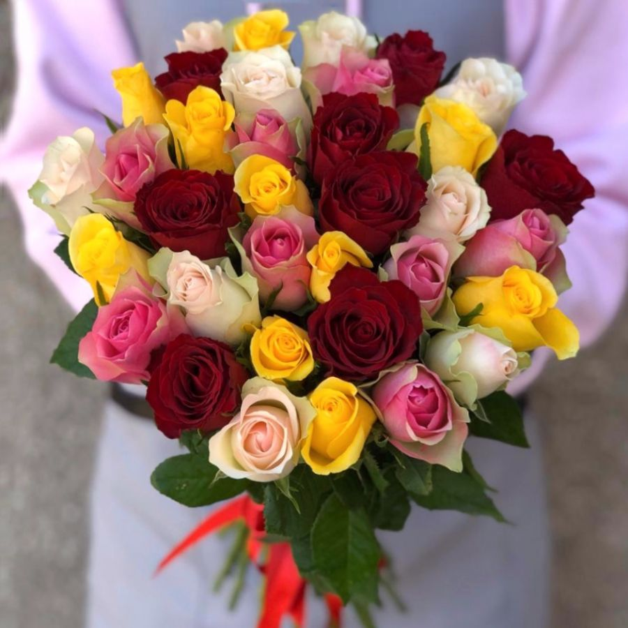 35 кенийских роз микс