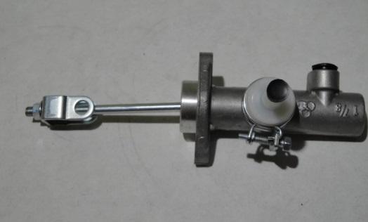 Цилиндр тормозной переднего колеса передний левый Isuzu NMR85