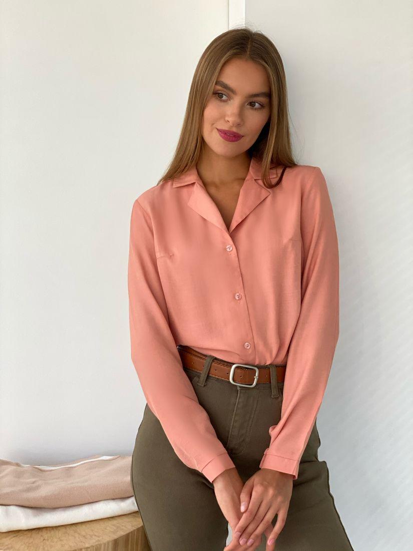 s2439 Блуза с английским воротником в теплом розовом
