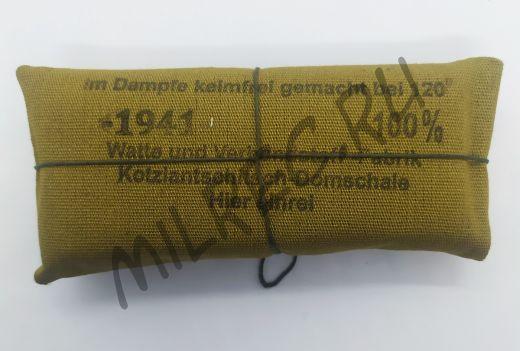 Немецкий перевязочный пакет, вар.2 (реплика)