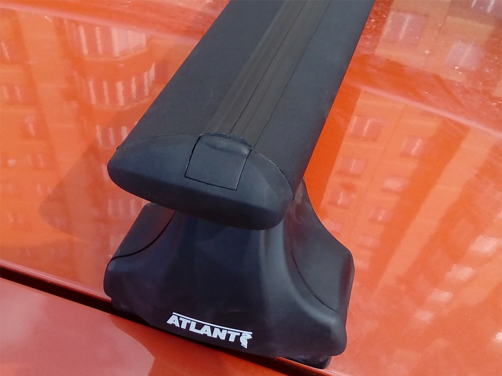 Багажник на крышу Lada Granta sedan / liftback, Атлант, крыловидные дуги (черный цвет), опора Е