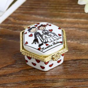 """Шкатулка керамика """"Жених и невеста"""" МИКС 2,5х4х4 см   4291240"""