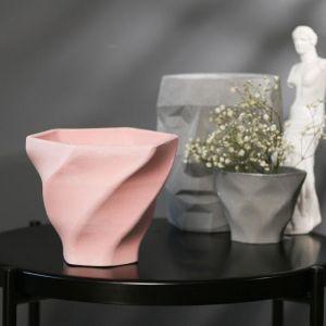 Кашпо винтовое розовое из бетона «Феерия», 15 х 14 см