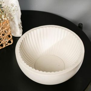 Кашпо круглое белое из бетона «Эстетика», 20 х 8,5 см