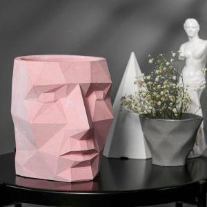 Кашпо розовое полигональное из бетона «Голова», 16 х 20 см