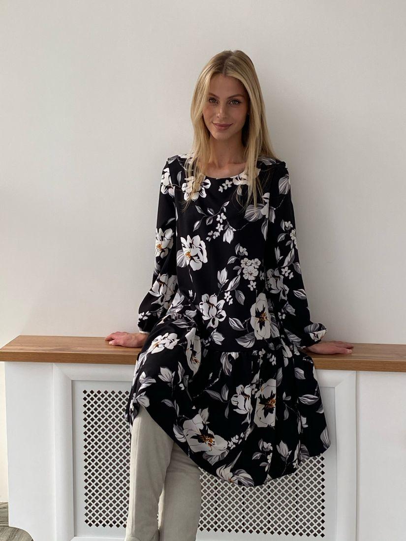 s2745 Платье свободное с воланом чёрное с цветами