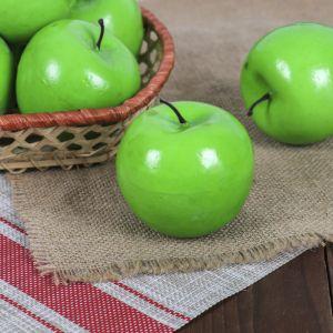 Искусственное зелёное яблоко
