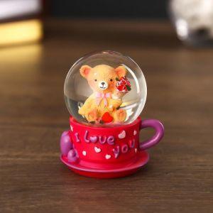 """Сувенир полистоун водяной шар """"Мишка с букетом и сердцем в кружке"""" МИКС 6,5х5х5 см   4555578"""