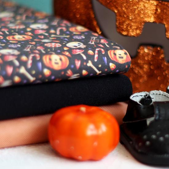 Набор тканей для пошива Яркая ведьмочка