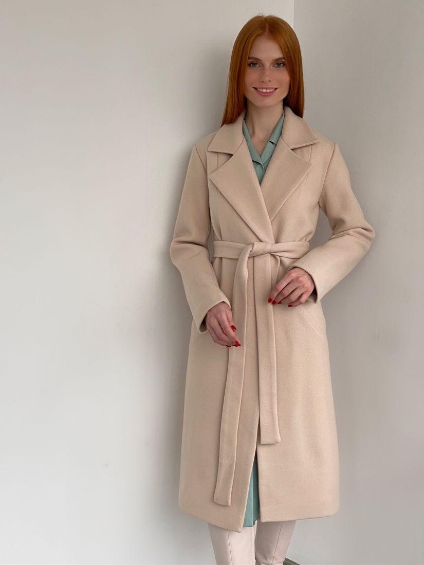 s2827 Пальто классическое в цвете айвори