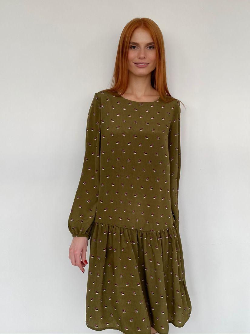 s2831 Платье с воланом в цвете хаки с веточками