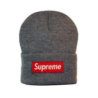 Стильная шапка унисекс