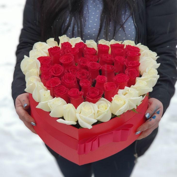 51 импортная роза  в коробочке