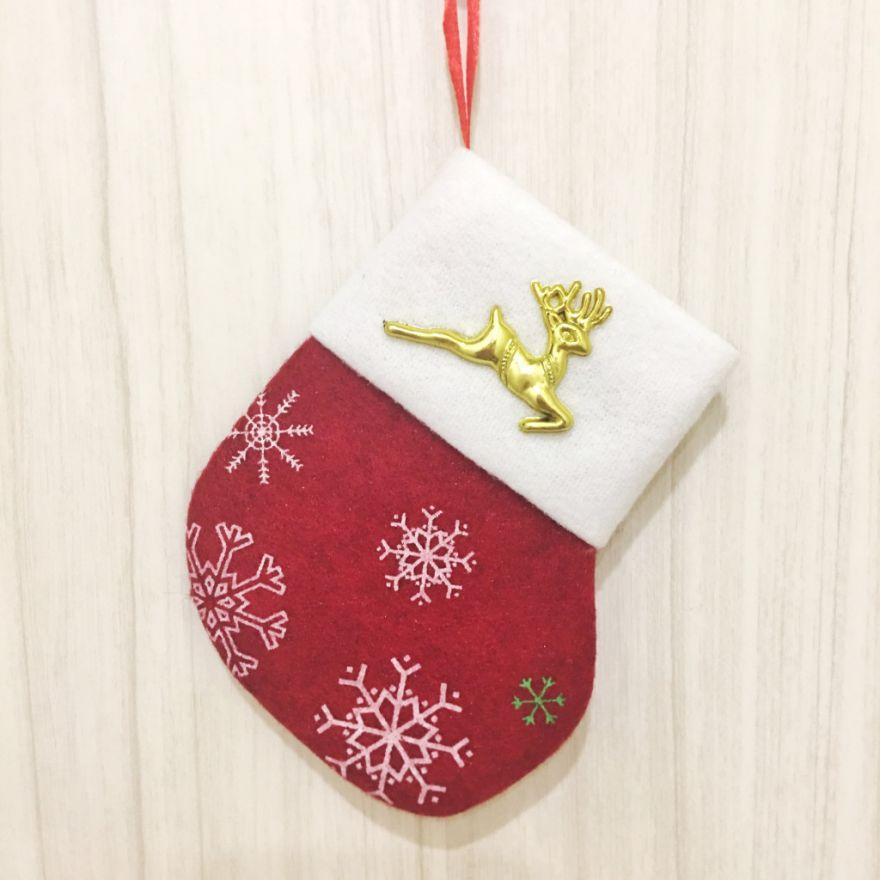 Новогодняя подвеска Носок для подарков Красный с оленем
