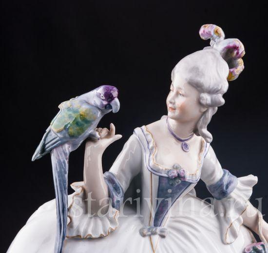 Изображение Девушка с тростью и попугаем, Karl Ens, Германия, пер. пол. 20 в.
