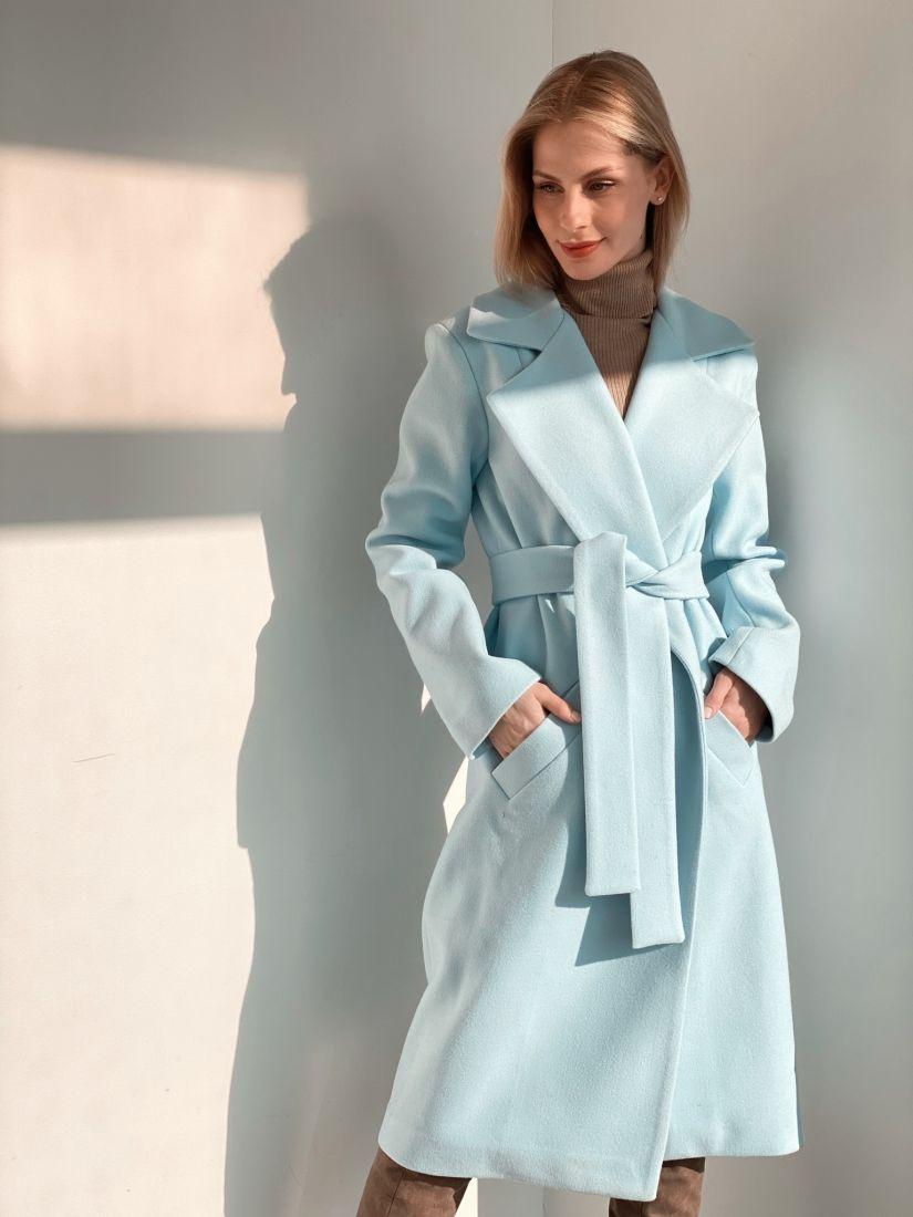 s3799 Пальто классическое небесно-голубого цвета