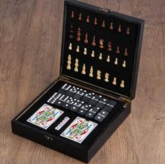 Настольные игры ( шахматы, домино, карты)
