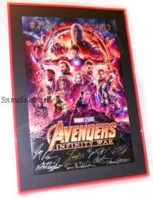 Автографы: Мстители: Война бесконечности. (Avengers: Infinity War). 33 подписи. Редкость!