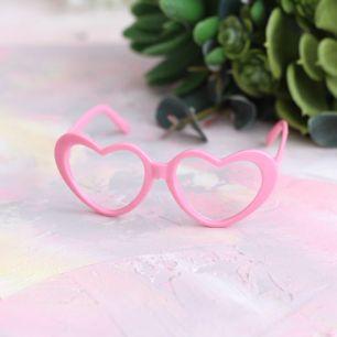 Кукольный аксессуар - Очки сердечки розовые, 8 см