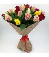 25 роз микс Кения  в красивой упаковке