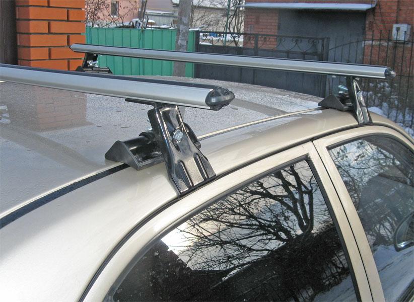 Универсальный багажник на крышу Муравей Д-1, на Hyundai Accent, аэродинамические дуги
