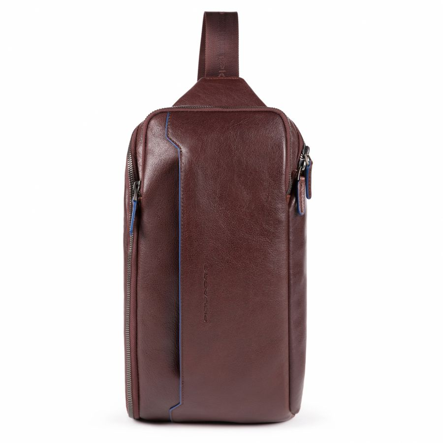 Рюкзак с одним плечевым ремнем и карманом с RFID защитой Piquadro CA5107B2S/TM мужской кожаный коричневый