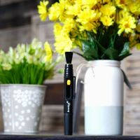 Карандаш чистящий Levenhuk Cleaning Pen LP10 - вид спереди