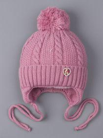РБ 25096 Шапка вязаная для девочки на завязках с бубоном, на отвороте сердечко из страз, лавандово-розовый