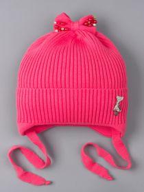РБ 25207 Шапка вязаная для девочки на завязках, на отвороте серебряная кошечка, сверху бант,бусы ярко-розовый