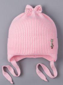 РБ 25174 Шапка вязаная для девочки на завязках, на отвороте серебряная кошечка, сверху бант, светло-розовый