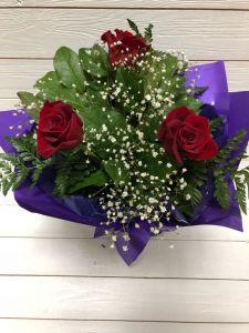Букет красных роз 3шт