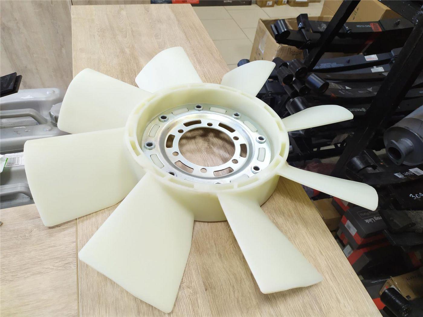 Крыльчатка (вентилятор) охлаждения радиатора HINO 500 двигатель J08