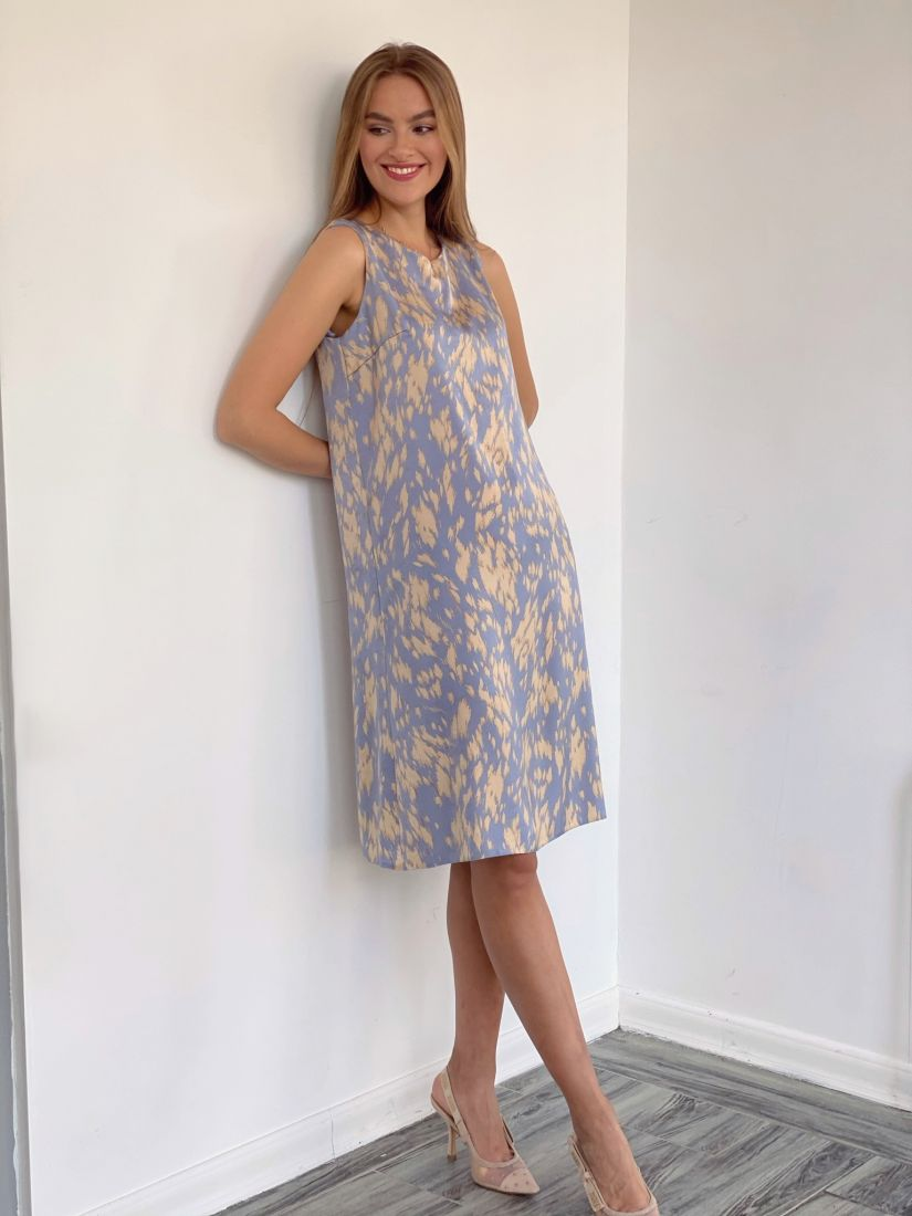 4092 Платье в нежной расцветке из вискозы