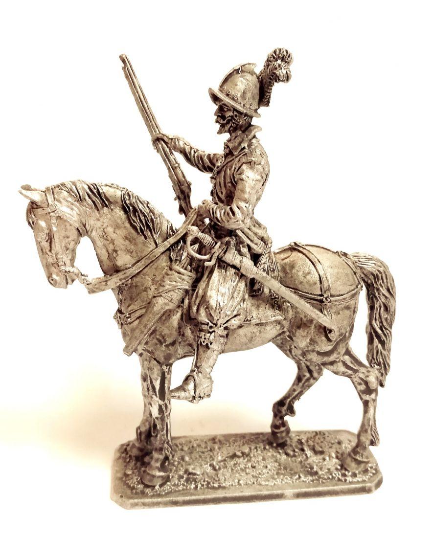 Фигурка Европейский конный стрелок 1600 г.  олово