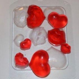 Пластиковая форма для мыла и шоколада Сердечки-поцелуйчики