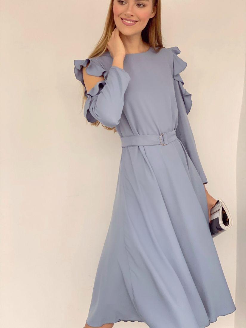 3610 Платье с открытыми плечами в холодном сером