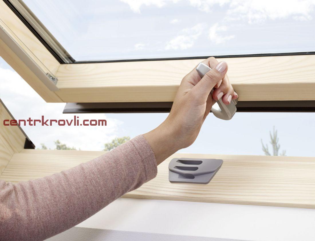 Мансардное окно Velux Стандарт+ GZR3061 (ручка снизу)