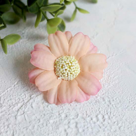 """Цветок """"Ромашка"""" 4,5 см., персиковая"""