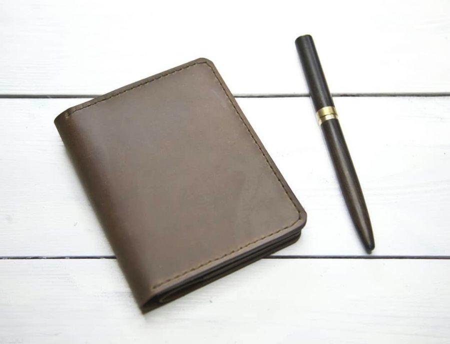 Портмоне с отделение для паспорта коричневое