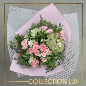 Калька для цветов Love, 50 × 78 см