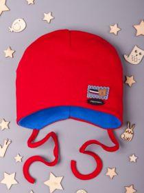 00-0016454  Шапочка трикотажная для мальчика на завязках, нашивка мишка fashion, красный