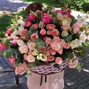 Корзина «Цвети, фантазируй, мечтай ...»