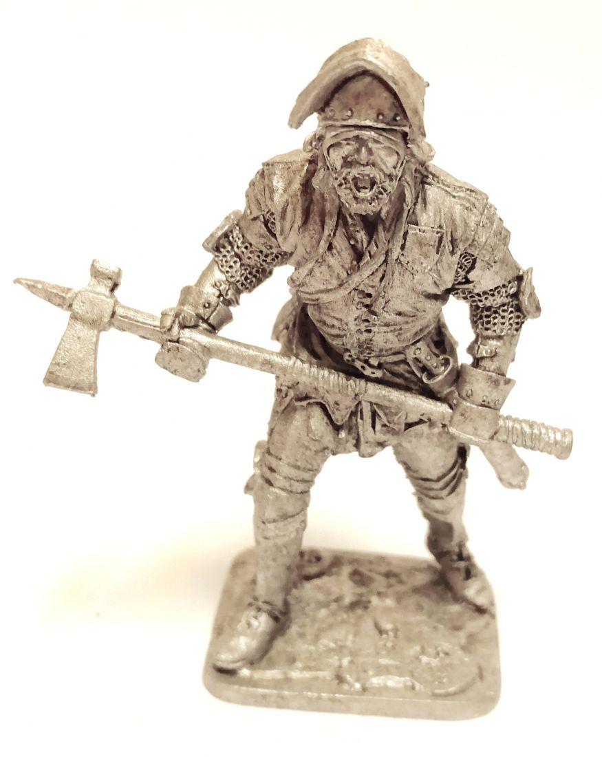 Фигурка Западноевропейский пеший воин, 15 век олово