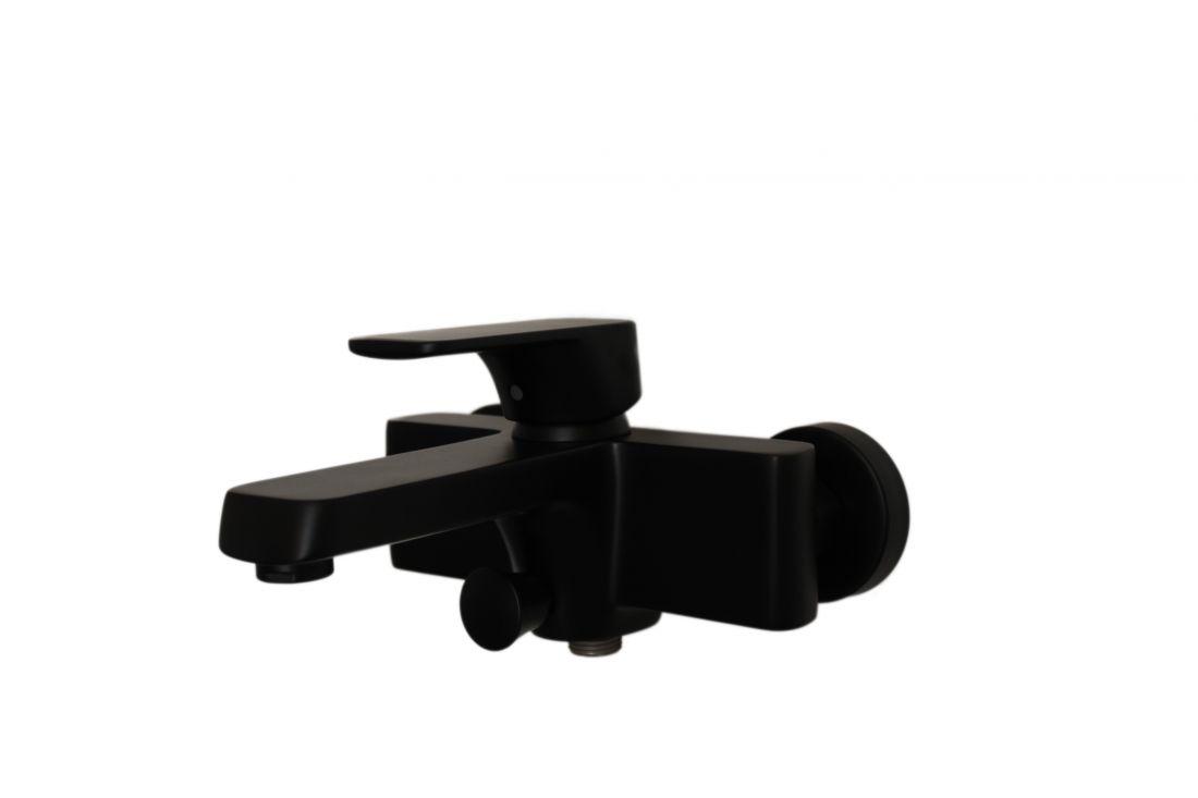 Смеситель для ванны с душем D&K Berlin.Technische короткий излив черный (DA1433225)