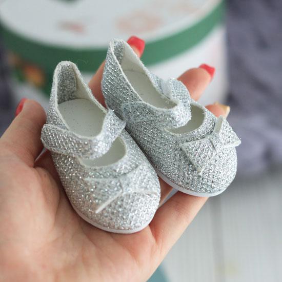 Обувь для кукол 7,5 см - сандалики блестящие с бантом Серебряные