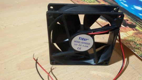 Осевой вентилятор Tidar 92 х 92 х 25 мм 12 Вольт.