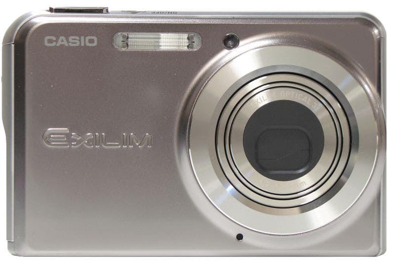 Цифровой фотоаппарат Casio EX-S770